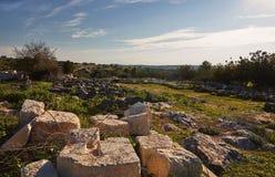 Vista na paisagem b?blica verde e nas ru?nas arqueol?gicos Beit Guvrin Maresha durante o tempo de inverno, Israel fotos de stock royalty free