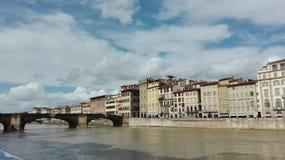 Vista na ponte velha em Florença Foto de Stock