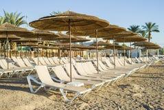 Vista na praia da areia de Eilat Imagens de Stock