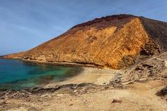 Vista na praia selvagem no La Graciosa, Ilhas Canárias Fotos de Stock