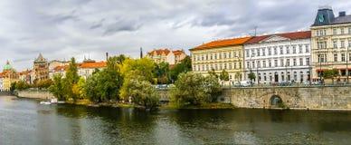 Vista na terraplenagem em Praga Fotografia de Stock Royalty Free