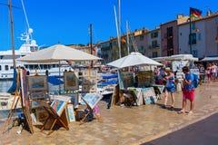 Vista nel porto di Saint Tropez, Francia immagini stock libere da diritti