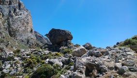 Vista nella gola di Kourtaliotiko sull'isola di Creta - molti pietre e tipi rocciosi Fotografia Stock Libera da Diritti