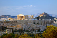 Vista no Acropolis no por do sol, Atenas Imagem de Stock