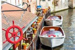 Vista no canal em Bruges, Bélgica Fotos de Stock