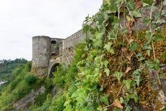 Vista no castelo do caldo no Ardennes belga fotos de stock royalty free