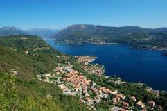 Vista no lago Orta Imagens de Stock Royalty Free
