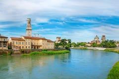 Vista no rio de Adige Fotografia de Stock Royalty Free