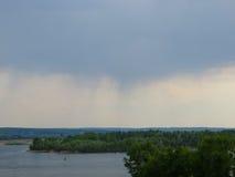 Vista no rio Dnieper imagens de stock