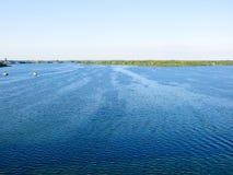 Vista no rio Dnieper fotos de stock