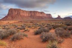 Vista no vale, no Arizona e no Utá do monumento Imagens de Stock Royalty Free