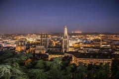 Catedral de Burgos. Vista panoramica de Burgos en la hora azul desde el mirador del castillo, con la Catedral en primer plano Royalty Free Stock Image