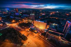 Vista nocturna de Hohhot, Inner Mongolia foto de archivo