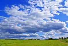 Vista nuvolosa di estate Immagine Stock Libera da Diritti