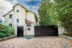 Vista orizzontale della casa unifamiliare Fotografia Stock