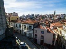 Vista panorámica aérea de Ribeira - la ciudad vieja de Oporto, Portugal 2016 09 Foto de archivo