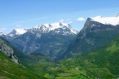 Vista panorámica al valle de Geiranger Imagenes de archivo