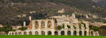 Vista panorámica de Gubbio foto de archivo