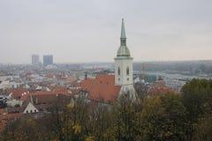 Vista panorámica de la ciudad de Bratislava, capital de Eslovaquia, imagen de archivo libre de regalías