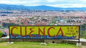 Vista panorámica de la ciudad Cuenca, Ecuador fotografía de archivo