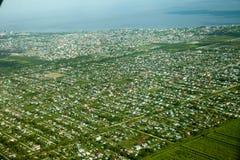 Vista panorámica de la ciudad de Georgetown, tomada de un aeroplano foto de archivo