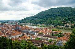 Vista panorámica de la ciudad medieval hermosa Heidelberg, Alemania imagenes de archivo