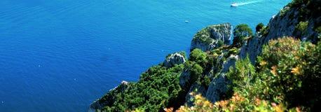 Vista panorámica de la isla de Capri Imagenes de archivo