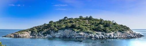 Vista panorámica de la isla Es Pantaleu imagenes de archivo