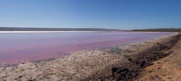 Vista panorámica de la laguna rosada de Hutt del lago, puerto Gregory, Australia occidental Foto de archivo