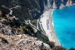 Vista panorámica de la playa de los myrtos en la isla del kefalonia Fotografía de archivo libre de regalías