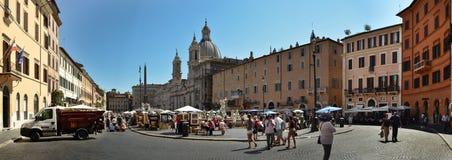 Vista panorámica de la plaza Navona Imágenes de archivo libres de regalías