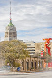 Vista panorámica de la torre de la vida y de la antorcha de la amistad Imagen de archivo