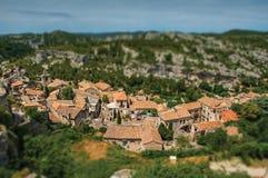 Vista panorámica de las ruinas del castillo de Baux-de-Provence en la colina Imagenes de archivo