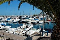 Vista panorámica de los dos puntos del puerto en Tenerife, España Dos puntos del puerto Imagen de archivo