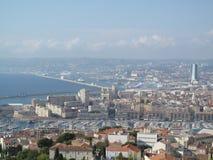 Vista panorámica de Marsella y del puerto viejo del puerto del vieux Imagenes de archivo