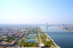 Vista panorámica de Pyongyang por la mañana DPRK - Corea del Norte Imagenes de archivo