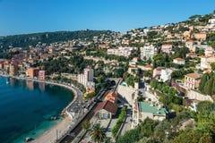 Vista panorámica del ` Azur de Cote d cerca de la ciudad de Villefranche-sur- Fotos de archivo libres de regalías