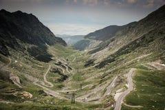Vista panorámica del camino famoso de Transfagarasan Fotos de archivo
