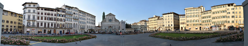 Vista panorámica del cuadrado de Santa Maria Novella de Florencia, Italia Fotografía de archivo libre de regalías