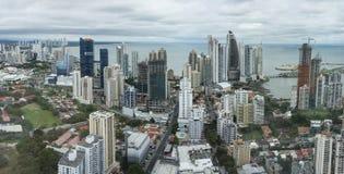 Vista panorámica del horizonte de ciudad de Panamá Imagen de archivo