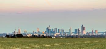 Vista panorámica del horizonte de Francfort Foto de archivo libre de regalías