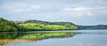 Vista panorámica del lago Ladoga en Karelia imagenes de archivo