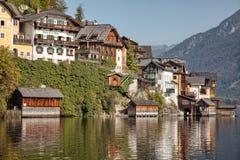 Vista panorámica del lago y de la ciudad, Salzkammergut, Austria Hallstatt Foto de archivo