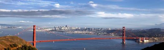 Vista panorámica del puente de puerta de oro Imágenes de archivo libres de regalías