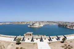Vista panorámica del puerto de Valletta de Malta foto de archivo