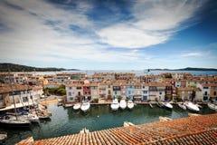 Vista panorámica del puerto Grimaud Fotos de archivo libres de regalías