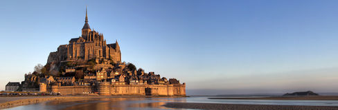 Vista panorámica del Saint Michel de Mont Fotos de archivo libres de regalías