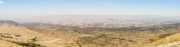 Vista panorámica del valle de Beqaa (Bekaa), Baalbeck en Líbano Fotografía de archivo