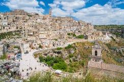 Vista panorámica en Matera en el distrito del ` de Sassi del `, Basilicata, Italia meridional Fotos de archivo