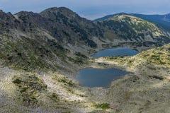 Vista panorámica a los lagos Musalenski del pico de Musala, montaña de Rila Fotografía de archivo